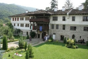 Троянски манастир - Орешак